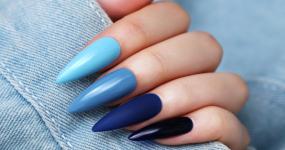 Barva roku 2020 - klasická modrá!